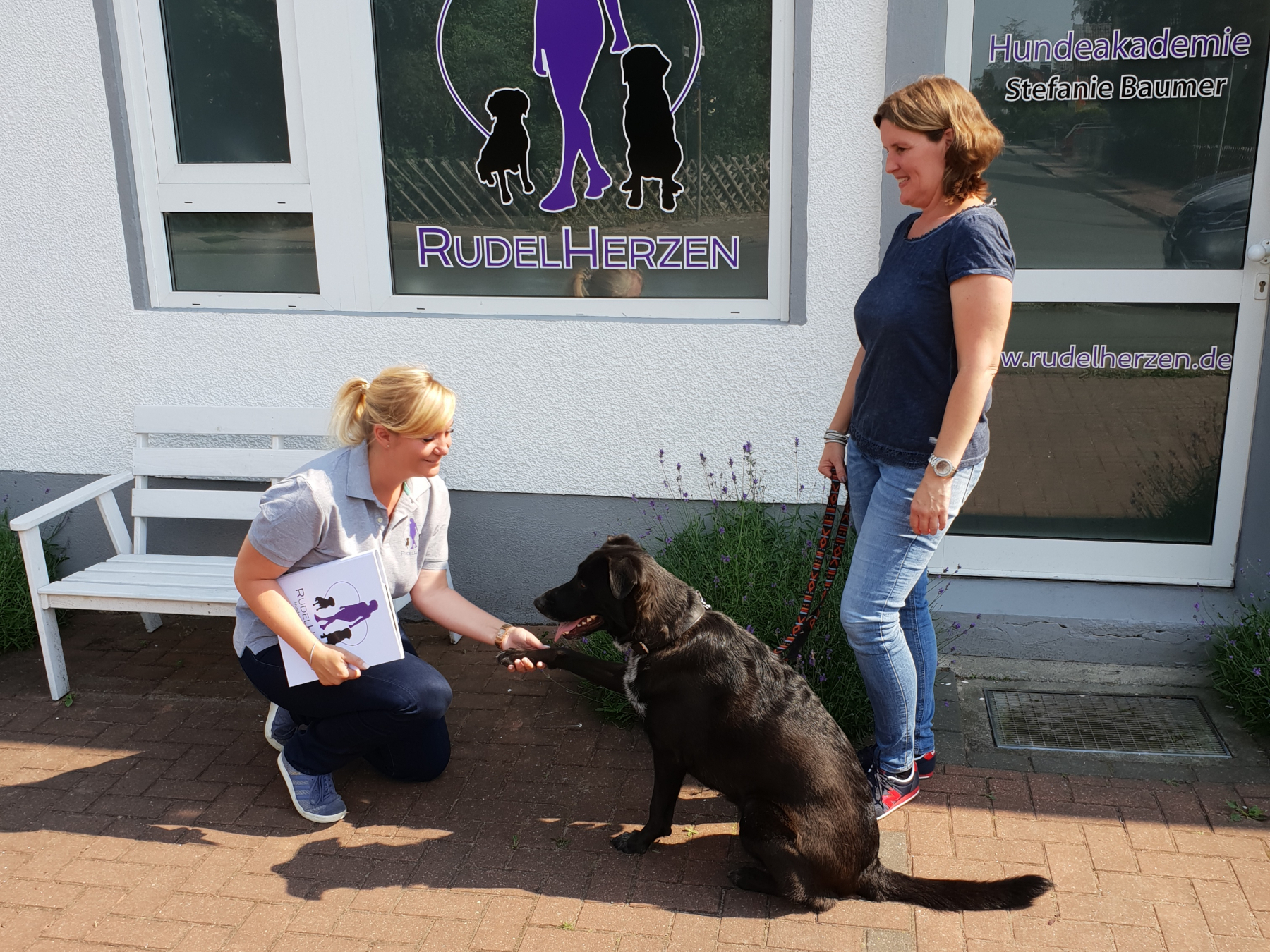 Hundefuehrerschein Hannover - Hundeakademie RudelHerzen Stefanie Baumer