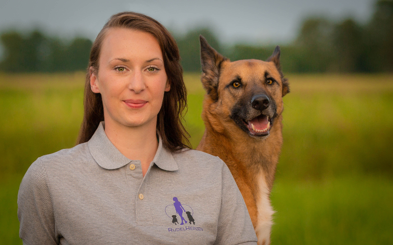 Laura Aufderheide - Hundeakademie RudelHerzen Stefanie Baumer